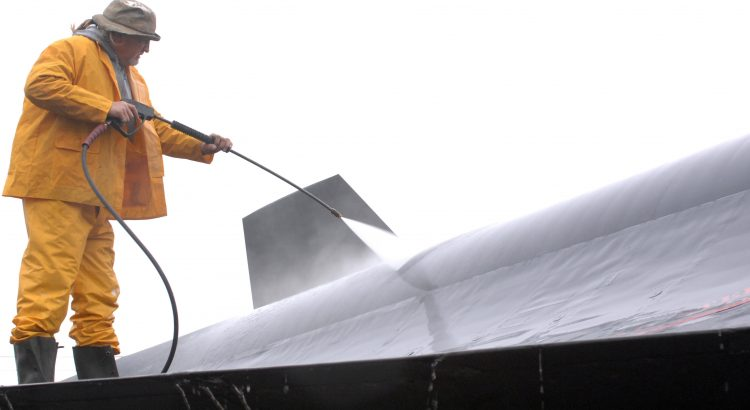 thorough-roof-cleaning